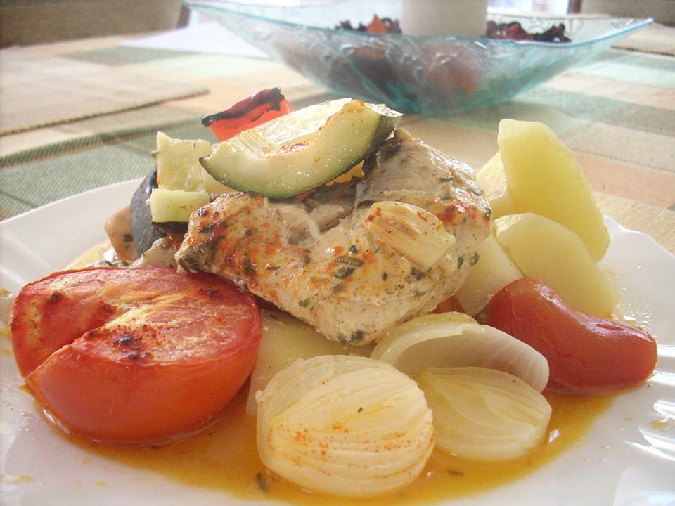 görögös tepsis csirke